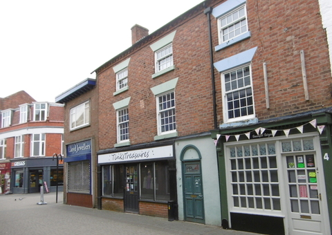 Crown Street - 2-4 and Upper Floors