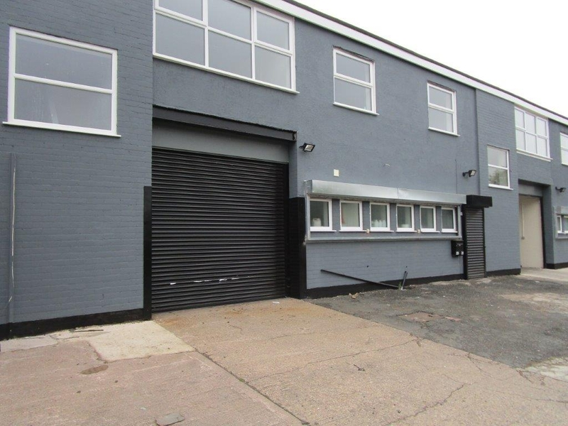 Folkes Road Trading Estate - Unit 19  4