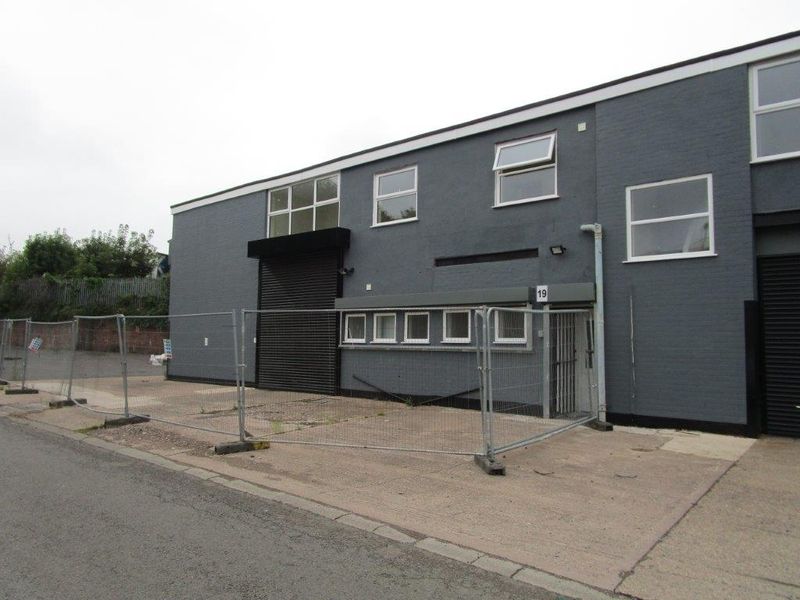 Folkes Road Trading Estate - Unit 19  6